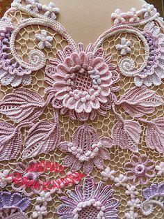 Ideas For Crochet Doilies Irish Lace Irish Crochet Patterns, Crochet Motifs, Freeform Crochet, Lace Patterns, Crochet Doilies, Crochet Lace, Crochet Hook Set, Crochet Cross, Crochet Puff Flower