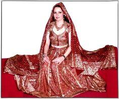 Dazzling Ritu Kumar  Bridal Lehenga Choli  Dress (Fashion, Wedding, Bollywood) #RituKumar #IndianDesignerLehengaCholi