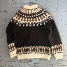 Incredible vintage wool sweater from Iceland. Beautiful earthy colors in shades of brown and cream. Label: Hilda Ltd Marked size: Medium Fits like: Men's Small Chest pit to pit: length: Vintage Wool, Wool Sweaters, Warm And Cozy, Iceland, Men Sweater, The Incredibles, Pullover, Silk, Knitting