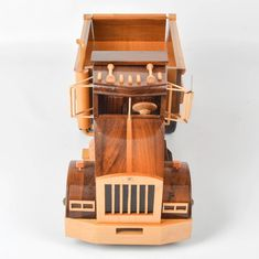 Wooden Toy Trucks, Model Building, Wood Toys, Wood Projects, Tractors, Big, Wooden Toys, Wooden Truck, Educational Toys