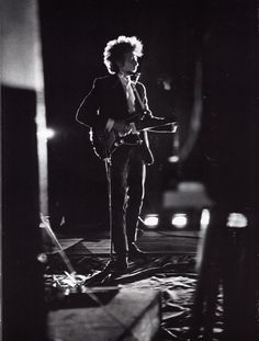 Bob Dylan. Aug. 28, 1965. Forest Hills Tennis Stadium, NYC © Daniel Kramer