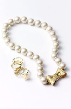 Pearl necklace with bow clasp & mix & match stackable rings