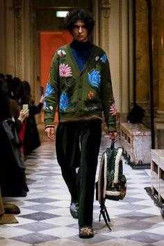 Kenzo Ready To Wear Fall Winter 2018 Paris Mon Homme, Stella Jean, Défilé De 39a7a1d31a3