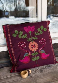 """""""Piiri"""" cotton pillow cover – Muhu Inspiration – GUDRUN SJÖDÉN – Webshop, mail order and boutiques 