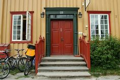 Beautiful color combination in Røros, Norway