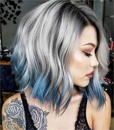 These 25 silver and platinum looks are available on Cloud Nine - Hair Color - Mo . - Hair and Beauty ✂ Medium Hair Styles, Short Hair Styles, Cool Hair Color, Gray Hair Colors, Hair Color Tips, Colored Hair Tips, Fine Hair, Ombre Hair, Hair Lengths