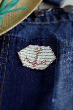 {DIY}-Mon-ancre-de-marin-en-perle-Miyuki-sur-jean-nafnaf
