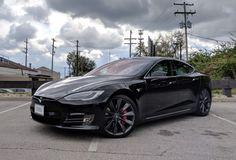 The Tesla Model S is still the coolest car you can buy Tesla Car Models, 2013 Tesla Model S, Maserati Models, Tesla Electric Car, Electric Cars, Elon Musk, General Motors, Rolls Royce, Tesla Car Price