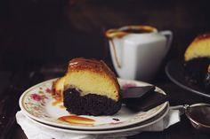 Tort de zahar ars cu ciocolata, choco flan, un tort magic, cu un strat de crema de zahar ars si un blat delicios de cacao, bine inisropat.