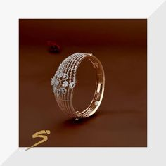 An allure that goes beyond mere sparkle. Gold Ring Designs, Gold Earrings Designs, Gold Jewellery Design, Fancy Jewellery, Diamond Jewellery, Gold Jewelry Simple, Gold Rings Jewelry, Bridal Jewelry, Jewlery