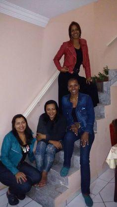 E pq nós somos as mais mais kkkk... As quatros irmãs... Cleide e Cida, Rita e Zéza...