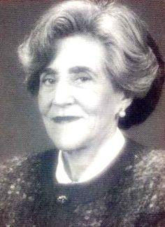 Carmen Virgili. Ha sido profesora de la Facultad de Ciencias Geológicas e investigadora del CSIC. En 1963 obtuvo la Cátedra de Estratigrafía de la Universidad de Oviedo, fue la primera mujer catedrática de dicha universidad, y la tercera de España y más tarde la de la Universidad Complutense de Madrid.
