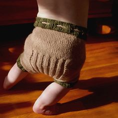 Knit wool diaper cover pattern- ribbed with optional leg cuffs