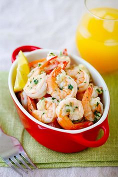 Lemon Garlic Shrimp - easiest and best shrimp recipe with lemon, garlic, butter, and shrimp, all ready in 20 mins. Perfect as is or with pasta.