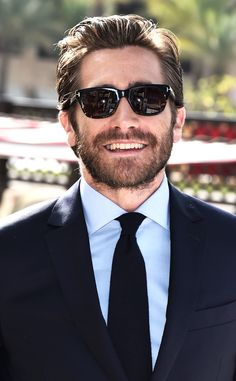 Actor Jake Gyllenhaal attends a photocall during day eight of the annual Dubai International Film Festival held at the Madinat Jumeriah Complex on December 2015 in Dubai, United Arab Emirates. Jake Gyllenhaal, Donnie Darko, Raining Men, International Film Festival, Celebrity Look, Mariah Carey, To My Future Husband, Anime Guys, Actors & Actresses