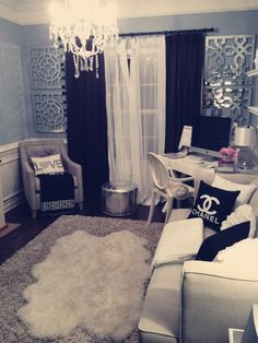 little glam space. black & white.