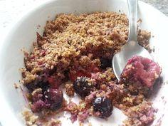 Crumble aux fruits rouges sans sucre, sans gluten #recette #glutenfree #sansgluten #glutenfreerecipes