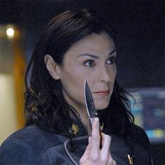 Admiral Cain (Michelle Forbes) from Battlestar Galactica .