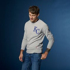 Shop men's MLB® apparel at Levi's® including western shirts, sweatshirts and trucker jackets. Browse our collection of baseball clothes at Levi's®. Crew Neck Sweatshirt, Graphic Sweatshirt, Sports Clubs, Western Shirts, Major League, Handsome Boys, Shirt Jacket, Mlb, Man Shop