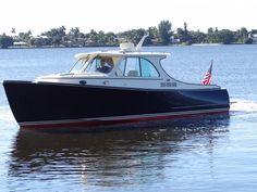 2015 Hinckley Talaria 34 Power Boat For Sale - www.yachtworld.com
