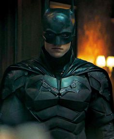 Batman Universe, Comics Universe, Armadura Do Batman, Marvel Dc, Batman Redesign, Ben Affleck Batman, Batman Armor, Batman Arkham City, Gotham City