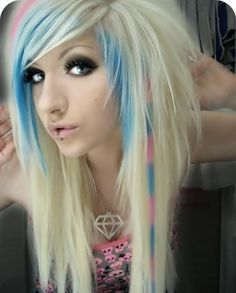 Emo Hair/Scene Girl (I so want the Pink and Blue in my Hair)