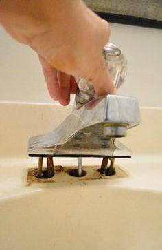 Nothing dates your bathroom faster than an outdated faucet. If this step-by-step…