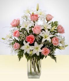 Lírios - De Amizade: Vaso de lirios brancos e Rosas cor-de-rosa