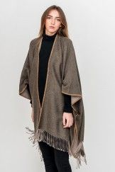 Be Alpaca poncho green beige