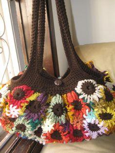 Crocheting: Crocheted Flower Purse; free pattern