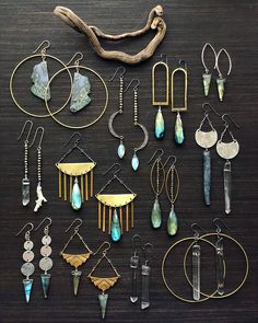 35 Captivating Diy Jewelry Ideas - ADDICFASHION 35 Captivating Diy Jewelry Ideas - ADDICFASHION Captivating Diy Jewelry Position yourself as a jewelry making professional by knowing the names of different jewelry components. You will know better how … Wire Jewelry, Boho Jewelry, Jewelry Shop, Custom Jewelry, Beaded Jewelry, Jewelry Accessories, Fashion Jewelry, Silver Jewelry, Jewelry Findings
