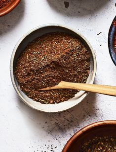 Make your own Caribbean spice blend to liven up chicken and pork dishes Healthy Protein Snacks, No Calorie Snacks, Healthy Shakes, Healthy Breakfasts, High Protein, Eating Healthy, Healthy Food, Clean Eating, Easy Jerk Chicken Recipe