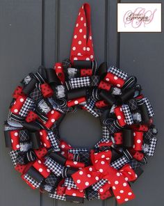 UGA (or any team) Football Ribbon Wreath!  I love this one too!!!!