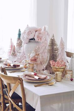 Want a Pink Christmas Tree? I have searched high and low for the best Pink Christmas trees in all shapes and forms! From full size trees to bottle brush ones. Pink Christmas Decorations, Christmas Floral Arrangements, Tabletop Christmas Tree, Pink Christmas Tree, Christmas Dishes, Christmas Table Settings, Beautiful Christmas, Christmas Time, Christmas Ideas