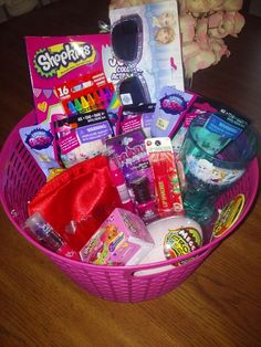 Minnie mouse easter basket mommies toys and best easter baskets ideas for girls family dollar negle Images
