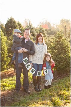 Christmas Tree Farm Mini session Hot Chocolate Mini session Erica Colvin Photography Montgomery County PA