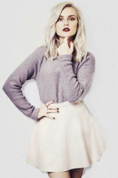 perrie Edwards she's soo beautiful wish I were her