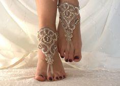 Dentelle Champagne Barefoot sandales, chaussures Nu, bijoux de pieds, de mariage, sexy, mariage de plage sandales aux pieds : Autres accessoires par passionis