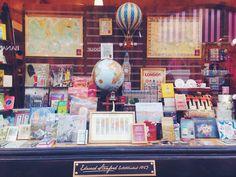 Il paradiso dei viaggiatori: la libreria di viaggi Stanfords a Londra | Via che si va