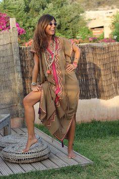 long kaftan for Ibiza sunsets - mytenida Ibiza Dress, Boho Dress, Beach Dresses, Casual Dresses, Caftan Gallery, Boho Fashion, Fashion Dresses, Mode Abaya, Long Kaftan
