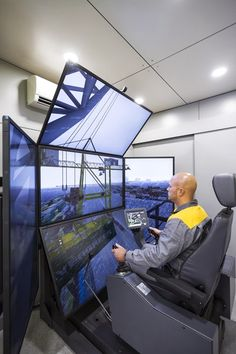 Liebherr - The Liebherr Maritime Crane simulator for trainings