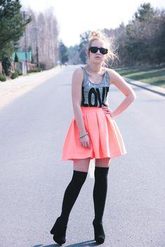 L I L L E fashion: 24/04/2013 : Neon