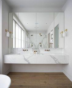 modeles salles de bains en marbre modele de salle de bain moderne blanche #marblebathroom