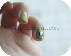 Kiwi nails (or yummy nails ^^)