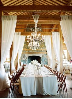 barn wedding, photo: Laura Murray Photography