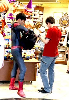 Spiderman Costume, Hero, Costumes, Couple Photos, Couples, Awesome, Outfits, Couple Shots, Suits