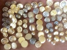$10 Large Antique Vintage Button Lot, Gold & Brass Tone Metal All NICE, Approx. 120