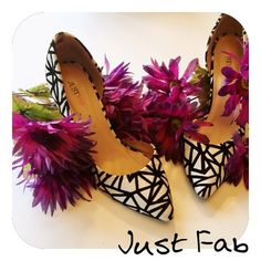 Gorgeous heels! Just fab shoes. Worn a couple of time in great condition ! Small mark on back of right shoe JustFab Shoes Heels
