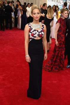 Jennifer Lawrence en robe Dior haute couture