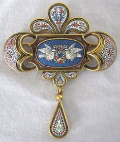 Victorian 18k gold micromosaic brooch